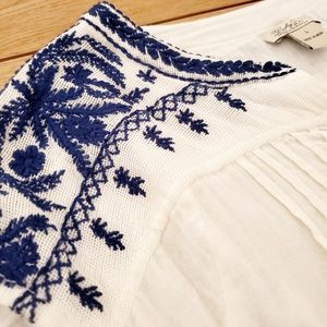 Lucky Brand Tops - Lucky Brand White and Blue Embroidered Top